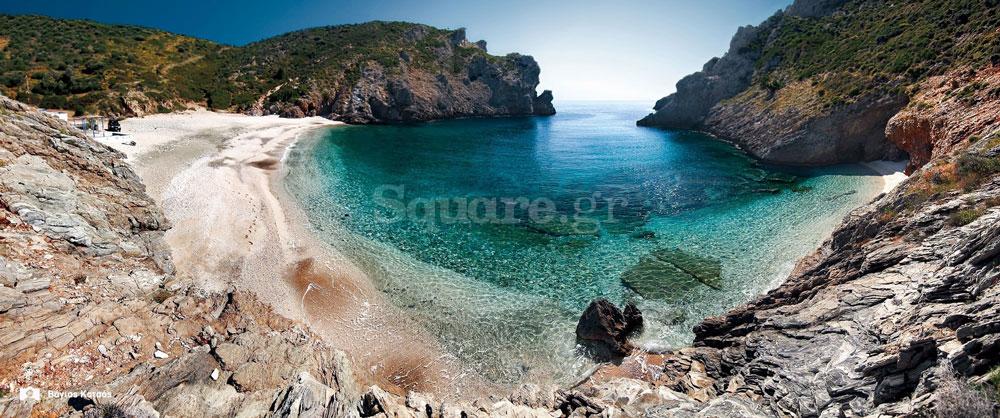 Παραλία Αλμιρίχι