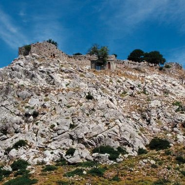 Το κάστρο του Αγίου Γεωργίου στην Κύμη